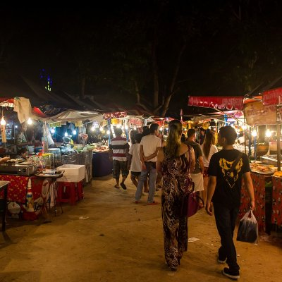 Night Market on Lipa Noi