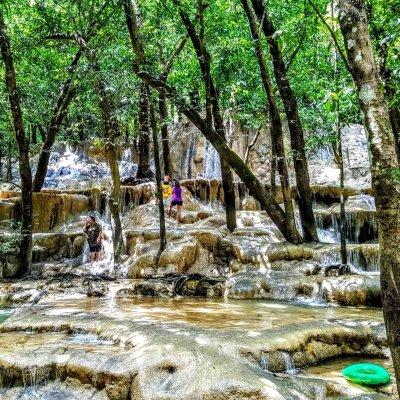 Wang Sao Thong Waterfall