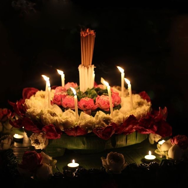 Make a wish at Loy Krathong