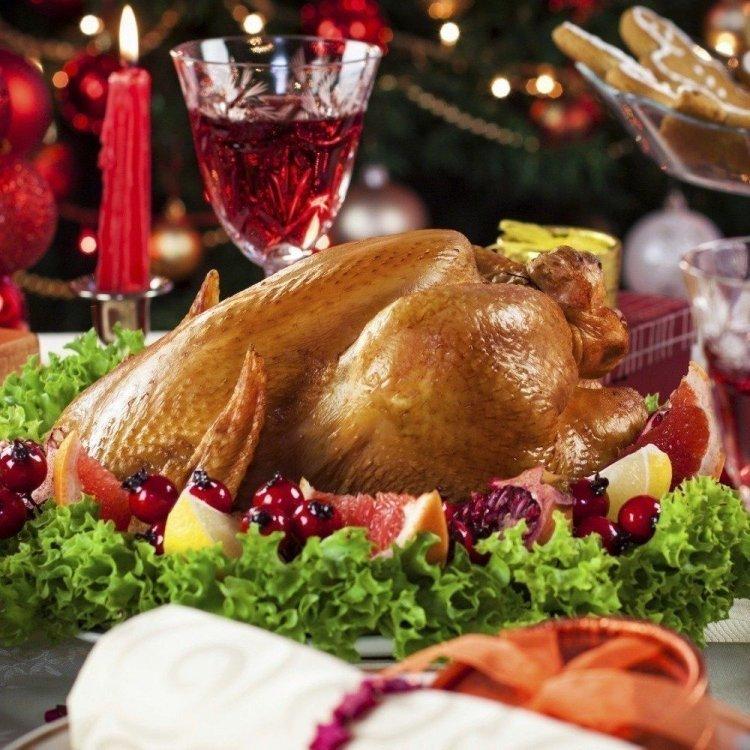 Christmas Dinner at Pops Diner
