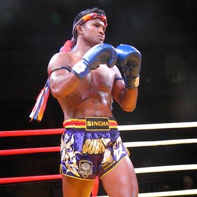 Watch a Thai boxing show