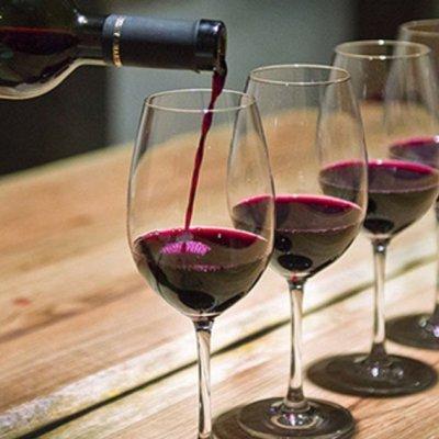 Festive Wine Tasting