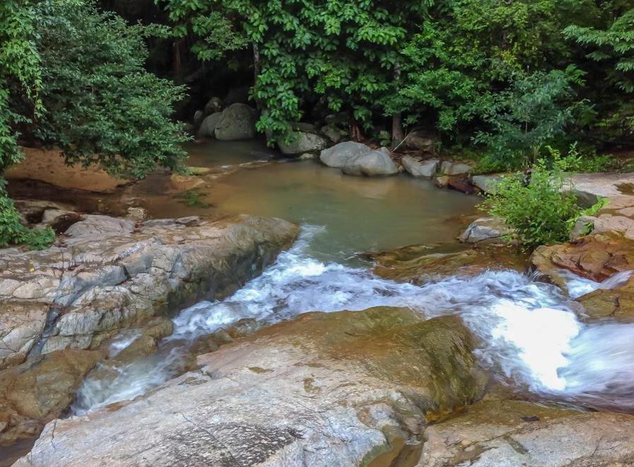 Discover a beautiful waterfall