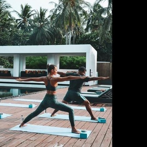 X2 Yoga by the pool