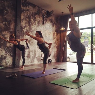 Vinyasa Yoga with Ampinee