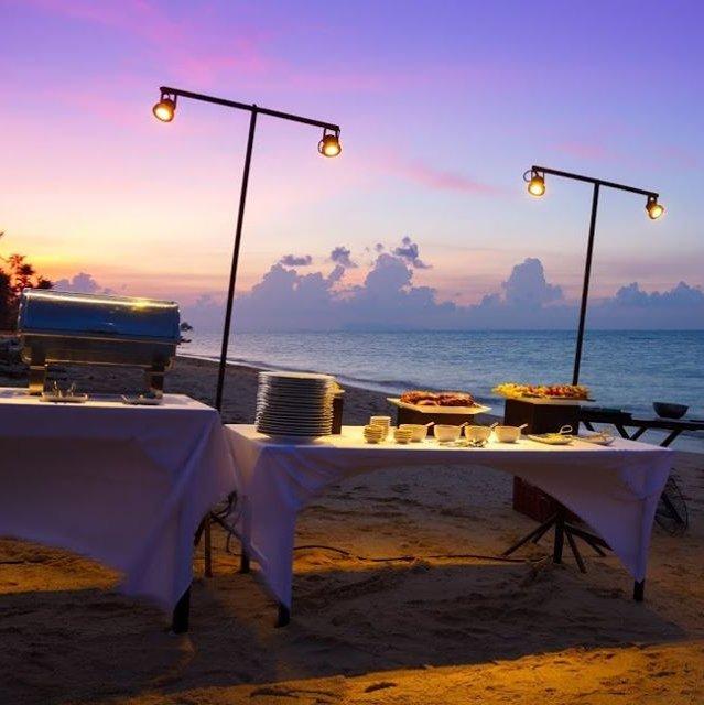 Royal Thai Night Buffet Dinner