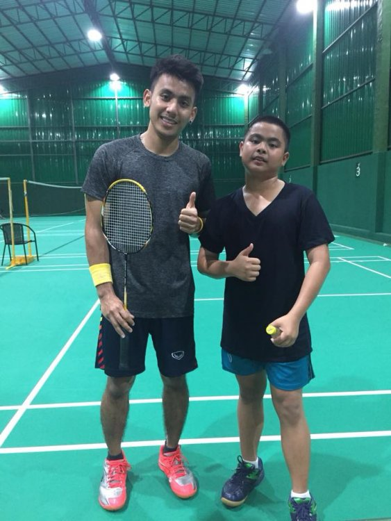 Let's play badminton?