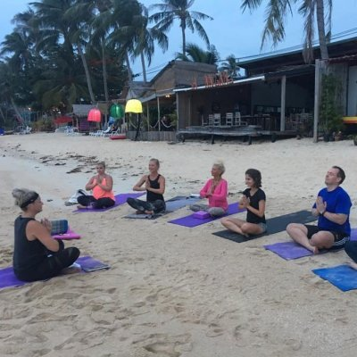 Free Yoga Samui Community - Restorative Yin Yoga
