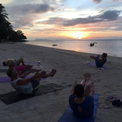 Free Yoga Samui Community - Sunset Flow