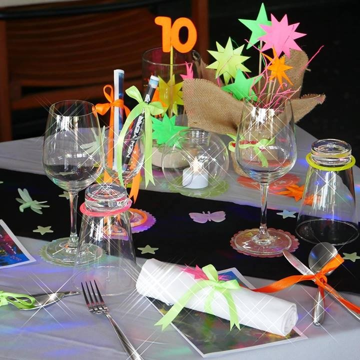 New Year Eve's Dinner - Glow Party