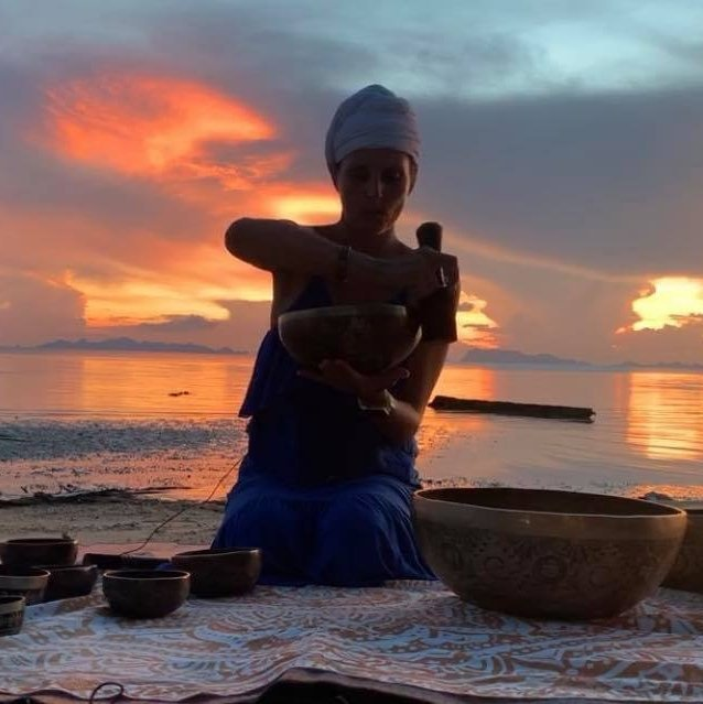 Sunset meditation with Tibetan bowls