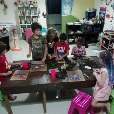 Art classes for children.