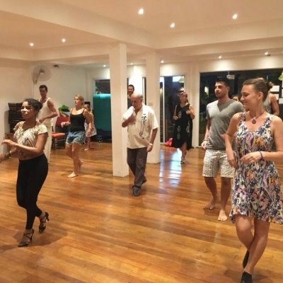 SALSA CLASSES WITH VALERIE