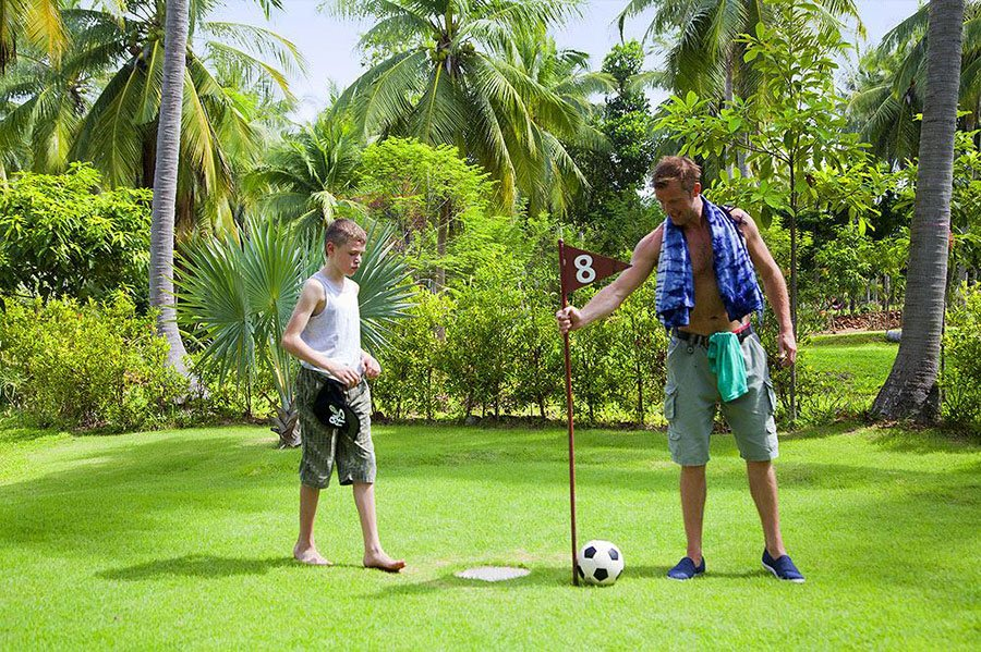Play football golf