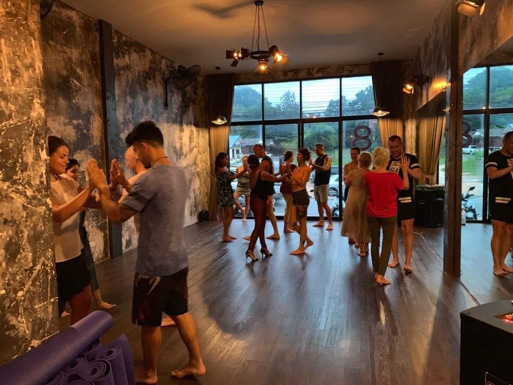 Salsa & Bachata beginners courses