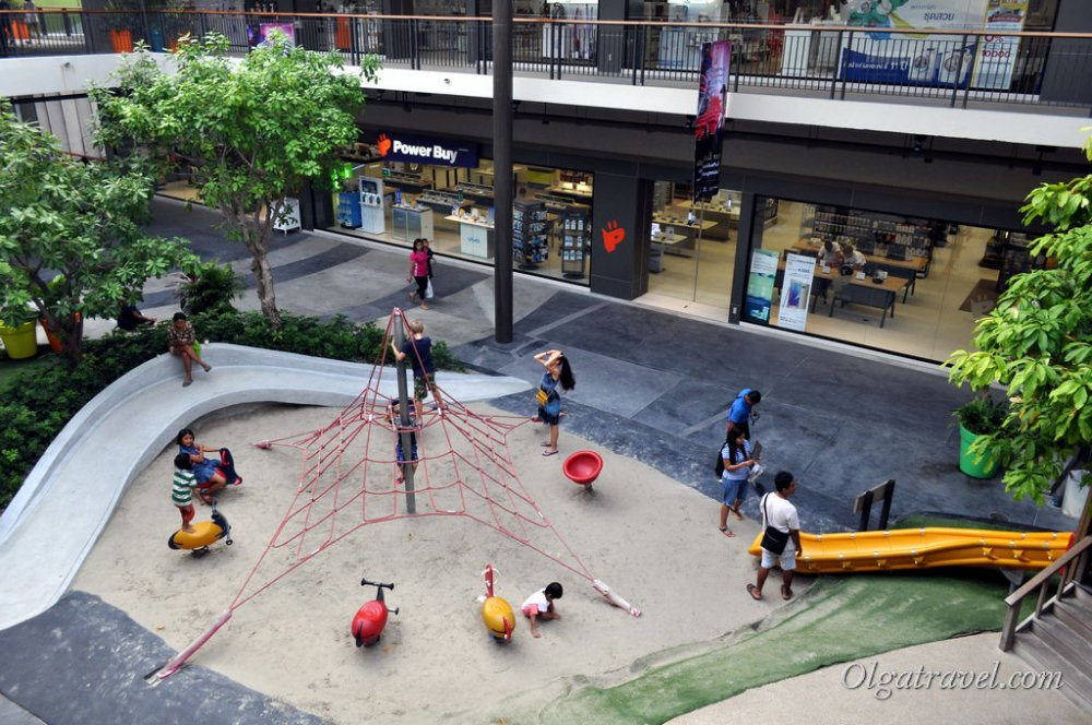Children playground at Central Festival
