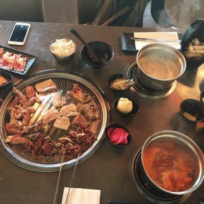 Maenam Hotpot BBQ bar
