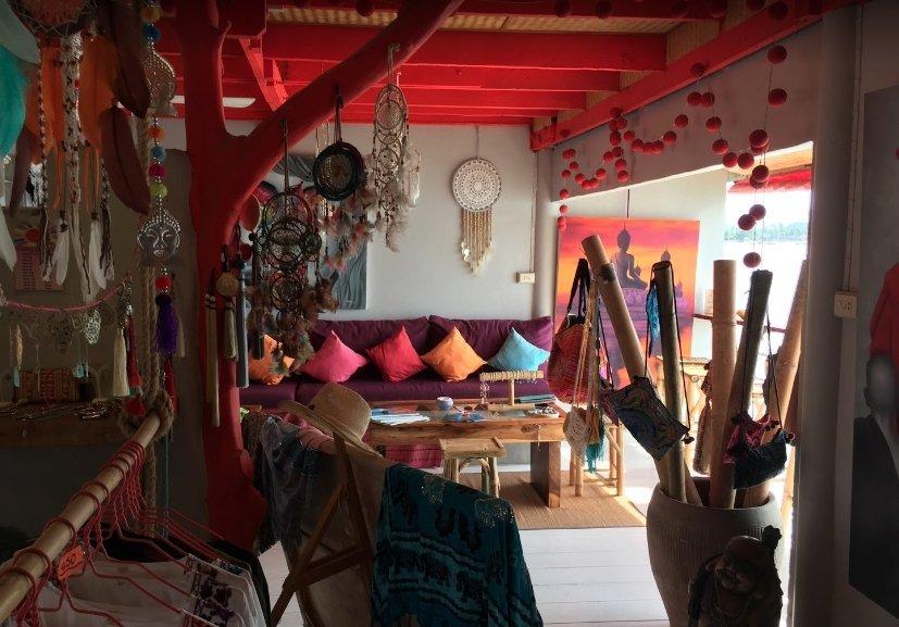 Chez Isa My Small World