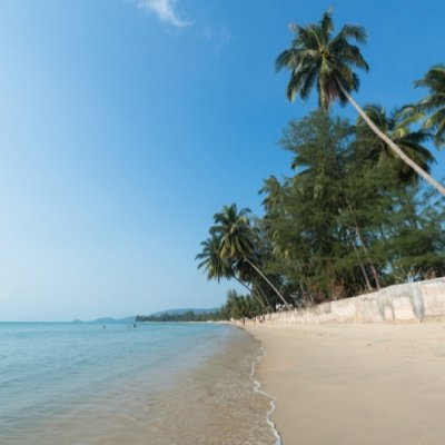 Lipa Bay beach