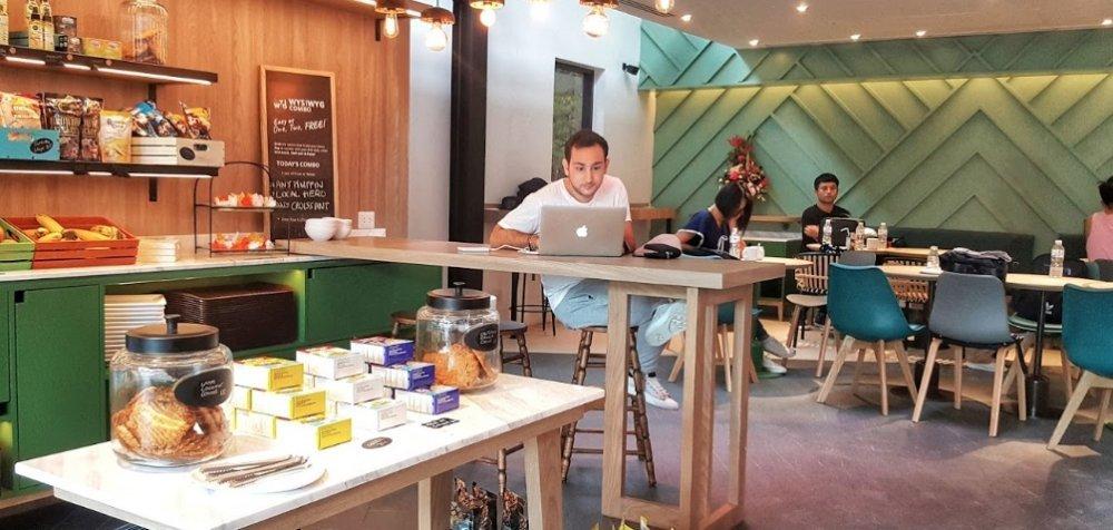 WYSIWYG Lifestyle Café