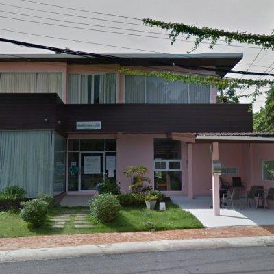 Rapheephan O &G Clinic