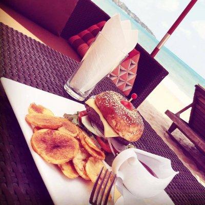 Jasmin Lamai Beach Bar & Resort