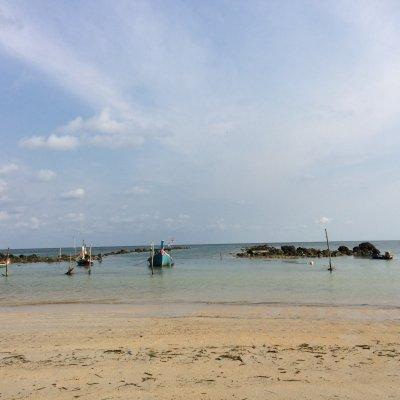 Hua Thanon Beach