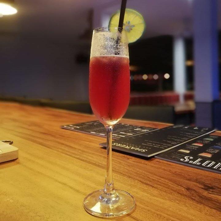 Shakers Tapas Bar&lounge