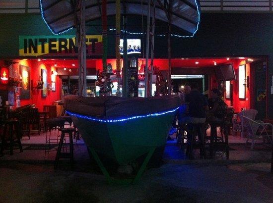 Boat Bar, Bangrak, Koh Samui.
