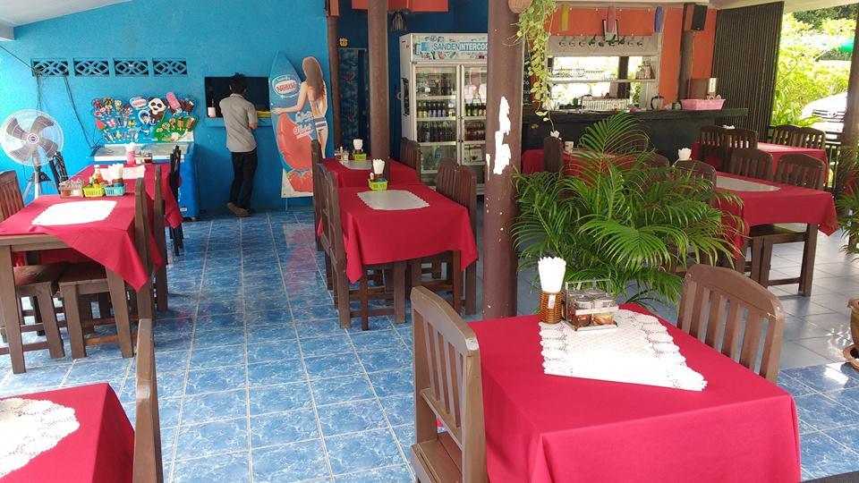 Sunny Seafood Restaurant 124/445