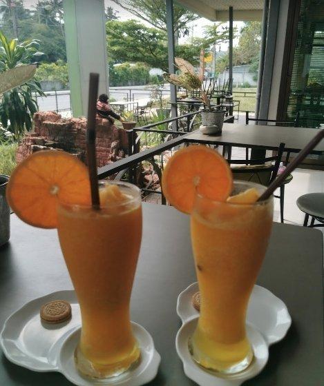 CAFE DE O