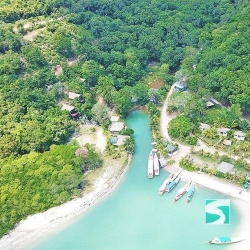 Secret Island boat trip