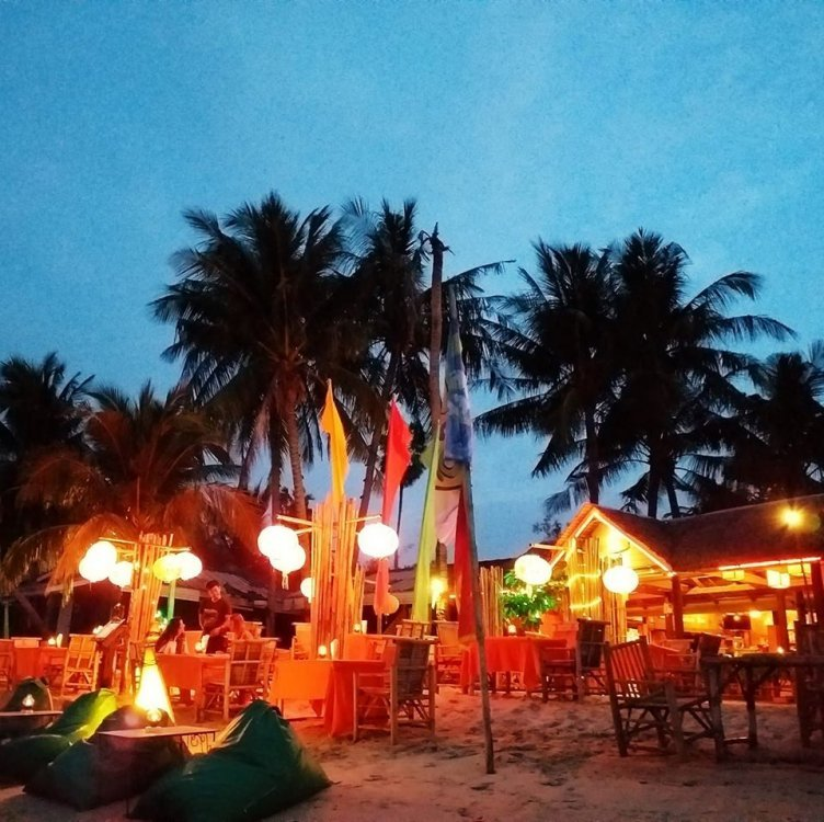 Nature Bar and Beachside Restaurant