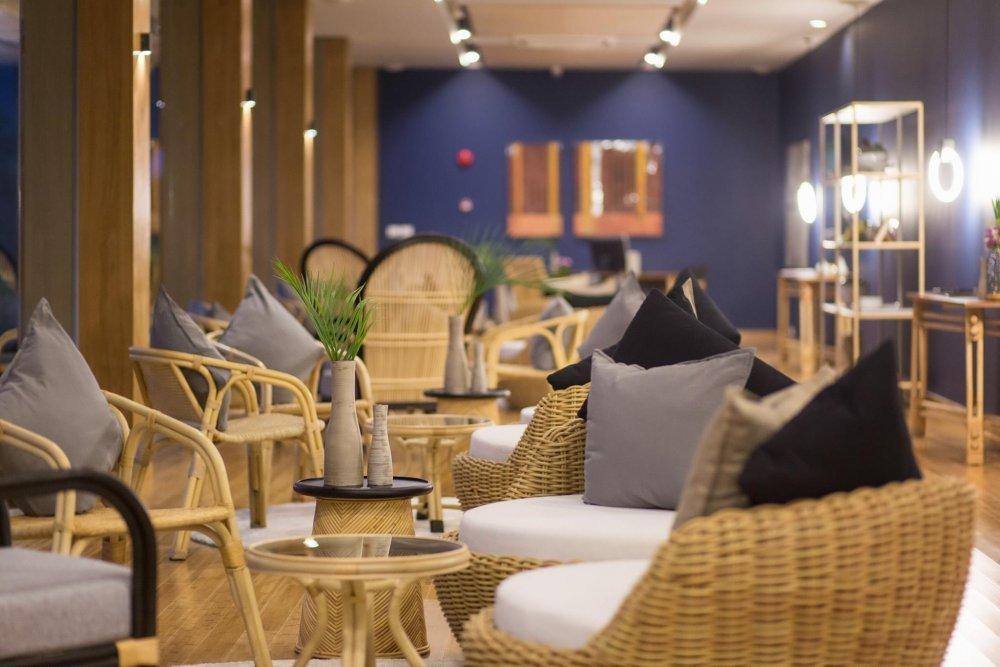 Mantra Work Lounge